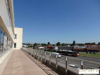 Loue cellule commerciale 553m² Le Mans
