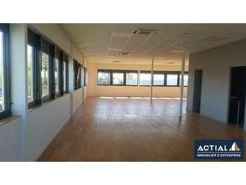 Bureaux 185 m² divisibles Nantes est entreprise