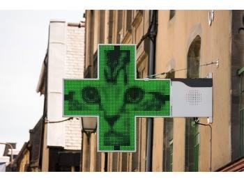 Pharmacie de ville à céder sur axe principal
