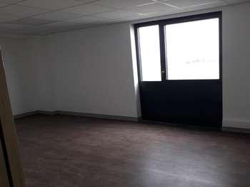 Loue bureaux 125m² à Vannes est PIBS 2