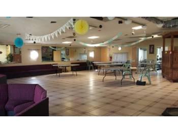 Salle de réception pour séminaires - parkings