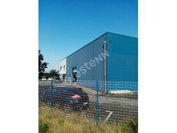 ENTREPOT ET BUREAUX - 746 m² - VEDENE