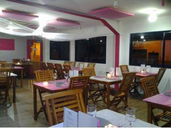 Vente belle affaire restaurant+snack Zone Lamentin