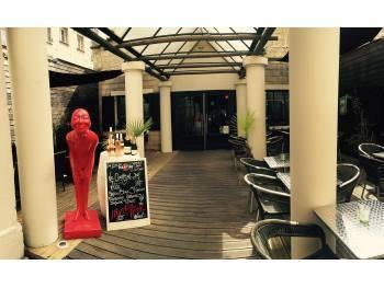 A vendre bar restaurant quai Vendeuvre
