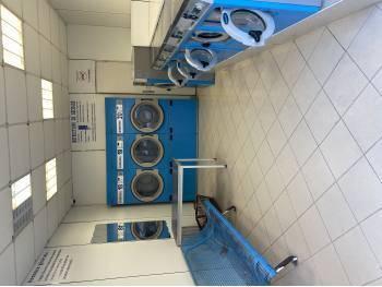 Vente boutique libre équipée laverie automatique