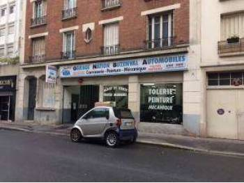 Location grand local commercial RDC +700m²